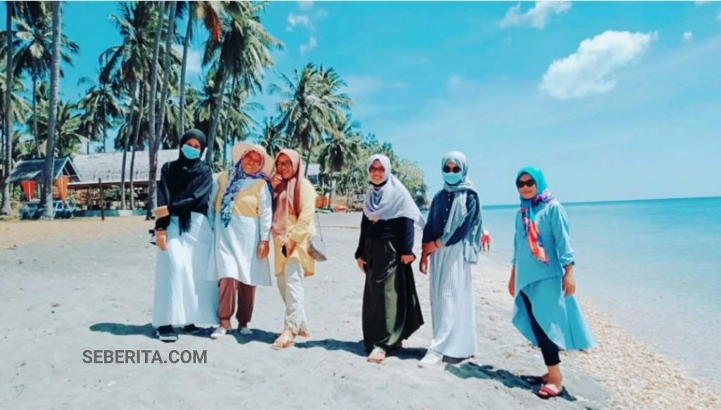 Pesona Pantai Sunari Kepulauan Selayar