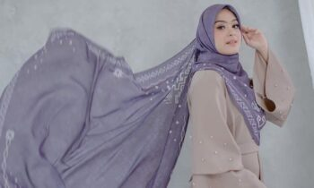 Vebby Palwinta Geluti Bisnis Fashion, Ini Koleksi Hijabnya